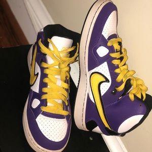 Purple/ Yellow Nike Dunk's Size: 5.5